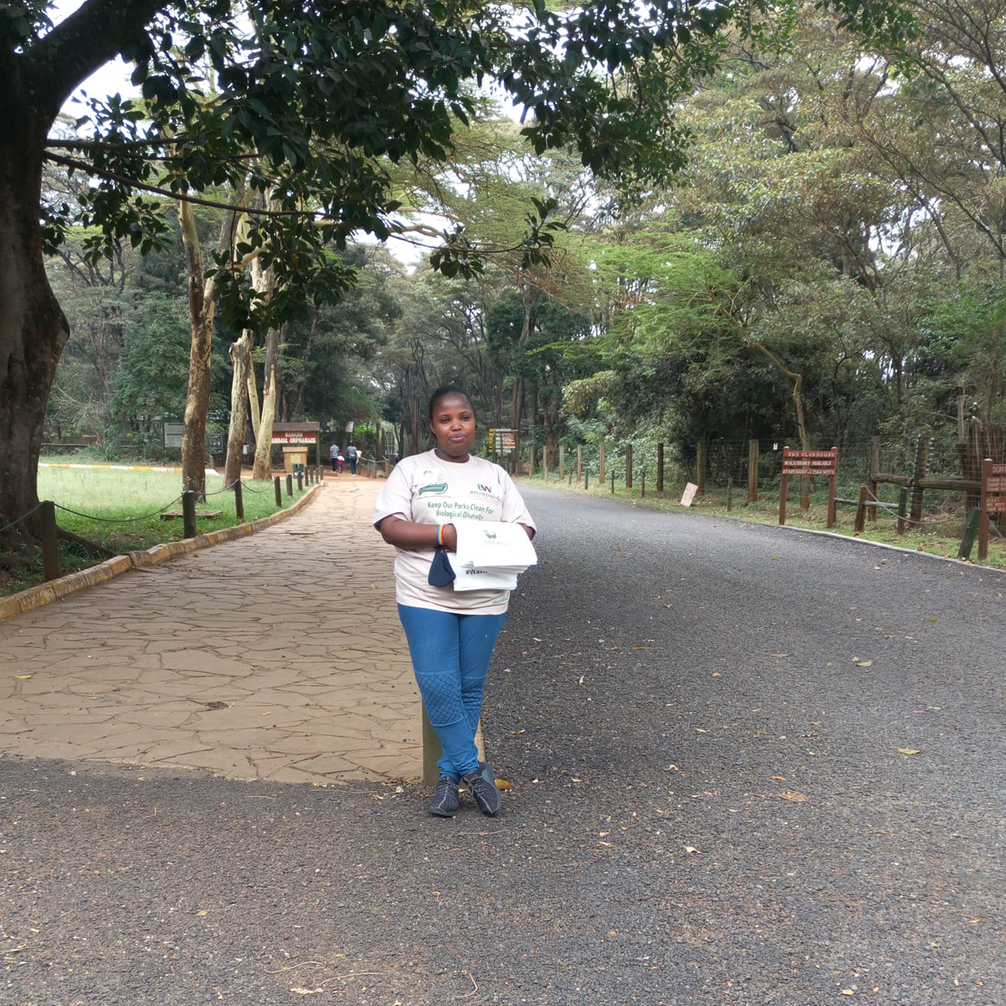 Distributing litter bags to Nairobi National Park visitors to promote the 'Waste Free Parks' initiative