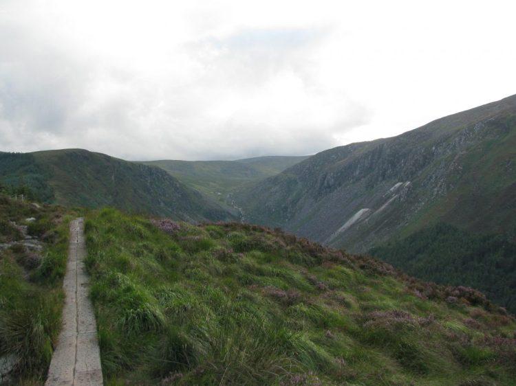 Travel: Hiking in Ireland Copyright Content Catnip 2010
