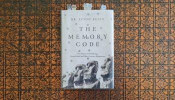 Book Review: The Memory Code by Lynne Kelly