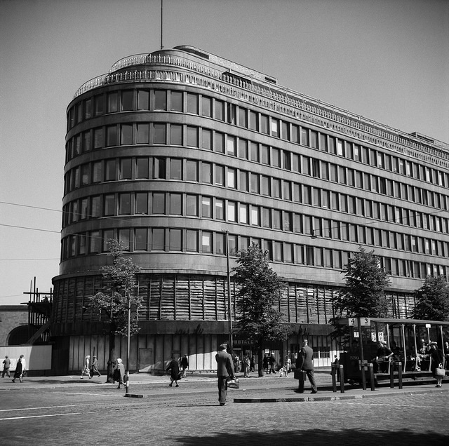 Every Picture Tells a Story: Sokos Department Store, Helsinki 1947