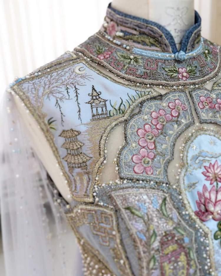 A dream dress fit for a medieval princess